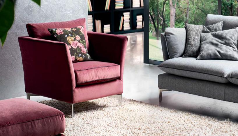 Poltrone e divani: complementi essenziali per arredare casa